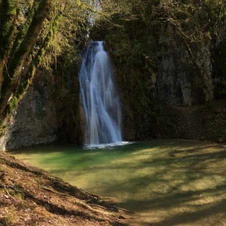 Cascade des Gorges de Verbois (Hières sur Amby)