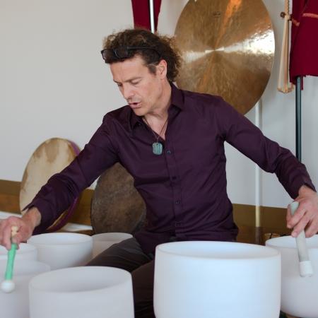 Sonothérapie avec bols